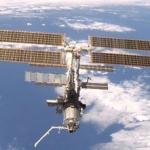 A 375 kilomètres au-dessus du sol, la Station Spatiale Internationale est alimentée en énergie par ses panneaux solaires