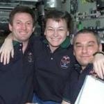 Les actuels membres d'équipage de la Station Spatiale Internationale Sergueï Treschev, Peggy Whitson et Valery Korzun participent aux études de Kanas. Un tel équipage reste typiquement entre 4 et 6 mois sur orbite.