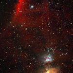 Cette remarquable image composite d'Emmanuel Mallart nous permet d'embrasser simultanément du regard les 3 types de nébuleuses gazeuses :  en émission en bas à droite (M42), par réflexion juste au dessus, et enfin par absorption en haut à gauche, la fameuse nébuleuse de la tête de cheval se détachant sur fond rouge.