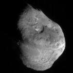 Le noyau de la comète Tempel 1 cinq minutes avant l'impact.
