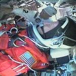 Le commandant Steven Lindsay installé aux commandes de Discovery