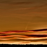 la comète MacNaught au 750 mm, Nikon D100, depuis la montagne Sainte Victoire, Saint Antonin, près d'Aix en Provence