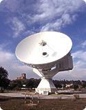 Une antenne destinée à recevoir les données des sondes CLUSTER. Cette antenne de l\'Agence Spatiale Européene (ESA) est située à Villafranca en Espagne.