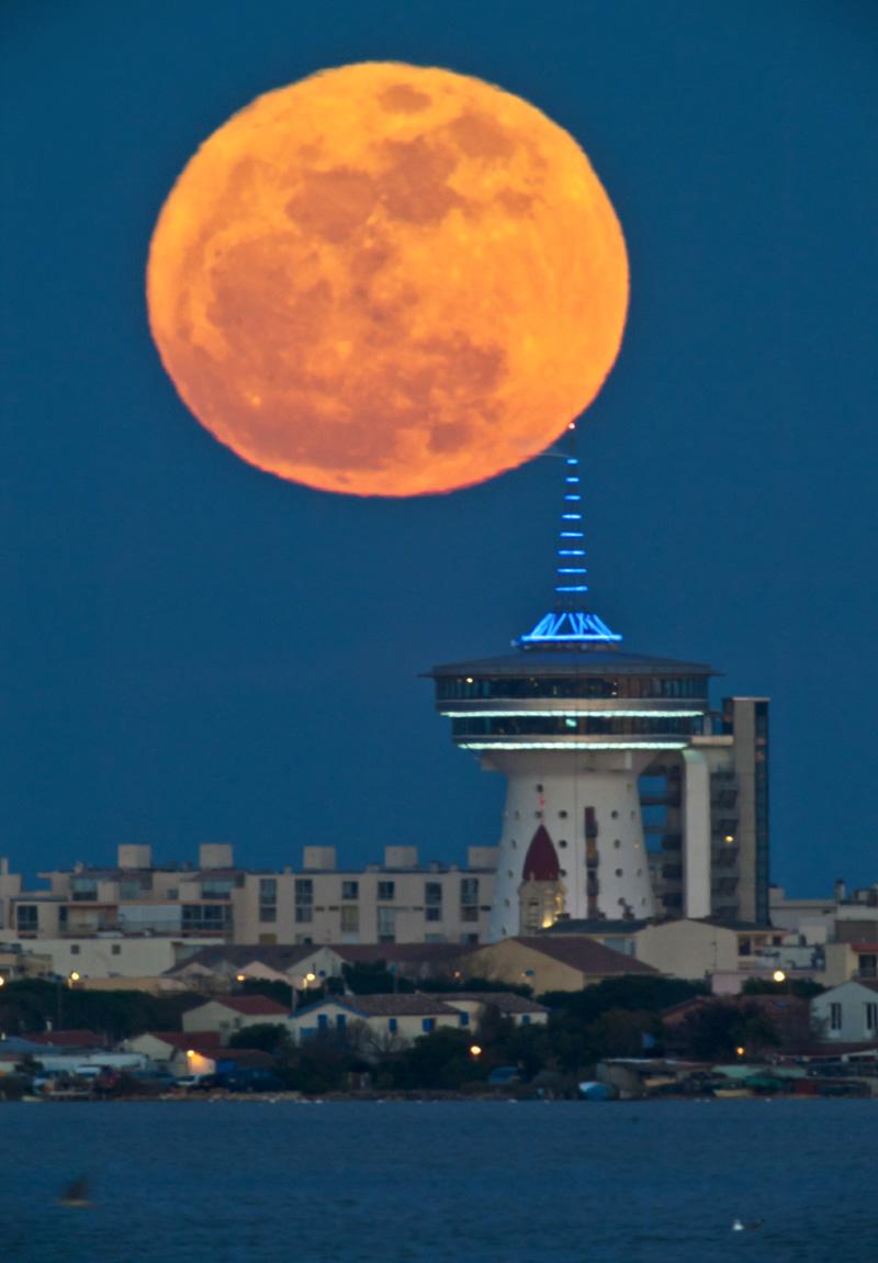 La super Lune du 19 mars 2011 sur Palavas les Flots