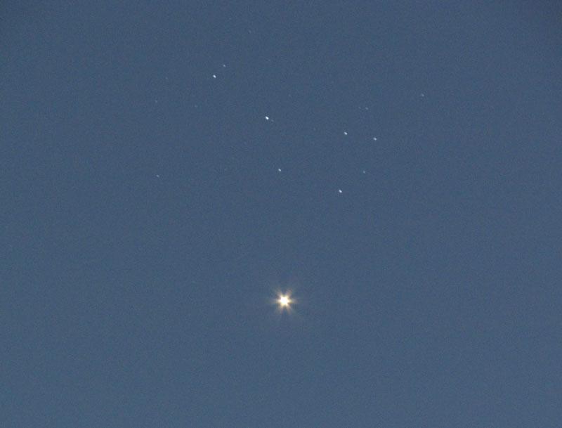 Vénus et les Pléiades dans le ciel de Paris