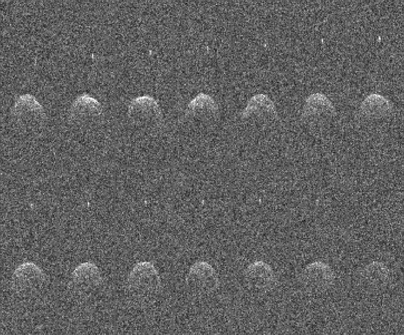 Images de Didymos réalisées par le radiotélescope d\'Arecibo en novembre 2003